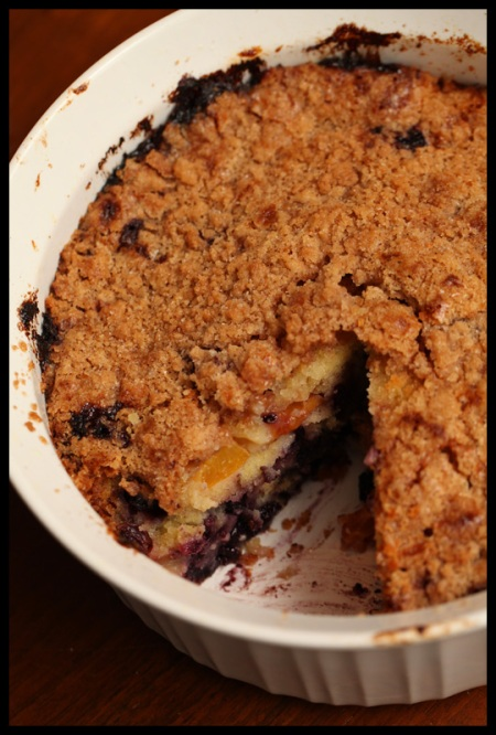 Nectarine-blueberry buckle