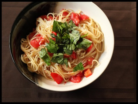Capellini with fresh tomato sauce