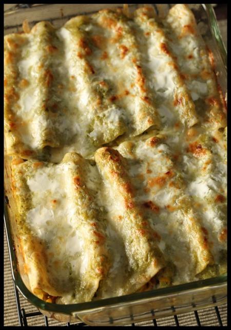 Vegetable enchiladas with creamy poblano sauce