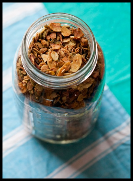 Matcha tea granola